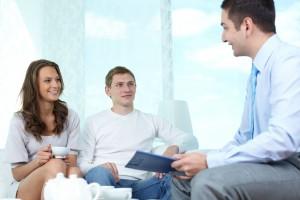 Refinancovanie úveru Vám dovolí zlepšiť rodinný rozpočet, keďže mesačná splátka bude nižšia